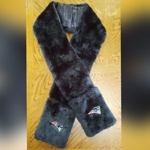 New England Patriots Faux Fur Scarf